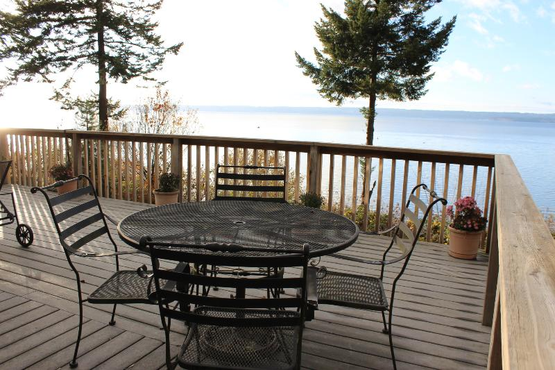 Morning coffee - WARM BEACH WATERFRONT on PUGET SOUND - Camano Island - rentals