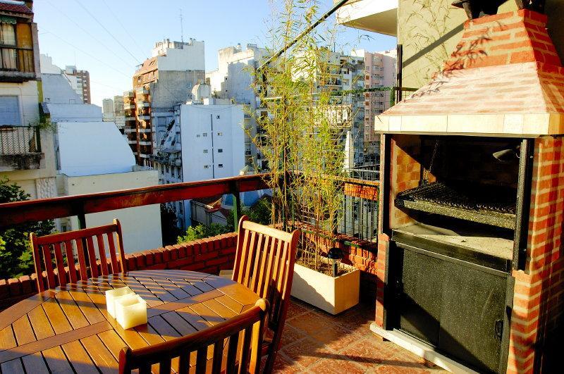 Spacious and Luminous 3 Bedroom Apartment in Recoleta - Image 1 - Buenos Aires - rentals