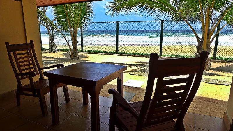 PRIVATE VERANDAH IN EVERY ROOM.. - BEACHFRONT LUXURY ROOMS WITH BREAKFAST! - Hikkaduwa - rentals