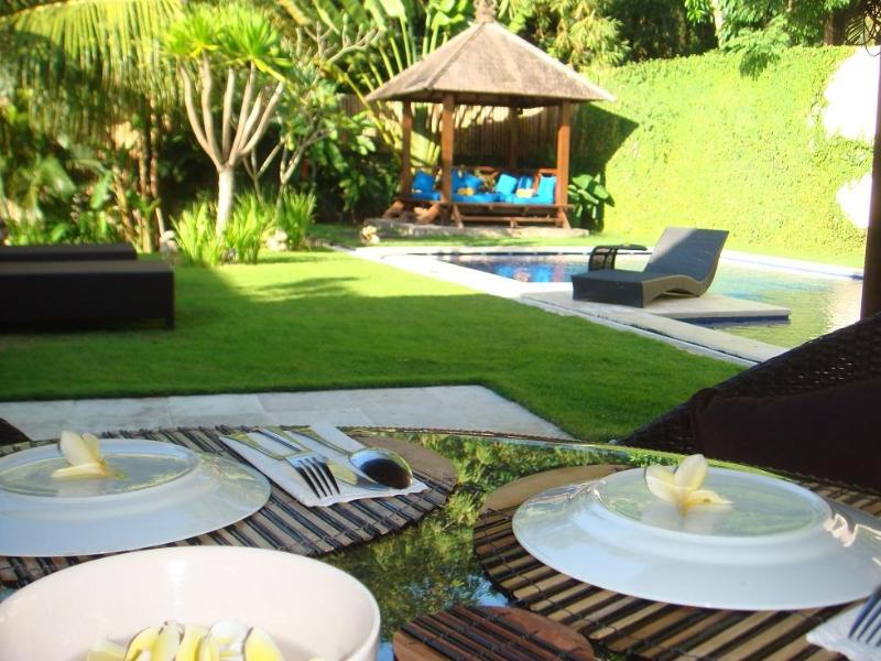 Villa Imaya - Spacious Villa in Quiet Umalas - 5 mn drive to Seminyak - Image 1 - Kerobokan - rentals