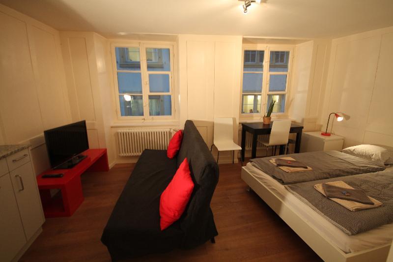 ZH Schmidgasse IV – HITrental Apartment - Image 1 - Zurich - rentals