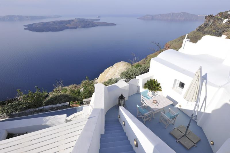Gaia Villa - Image 1 - Santorini - rentals