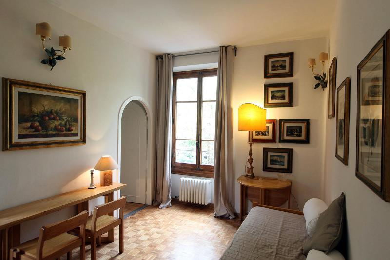 Entrance/Living Room - Nice Appartament in Florence - Milton 83 - Florence - rentals