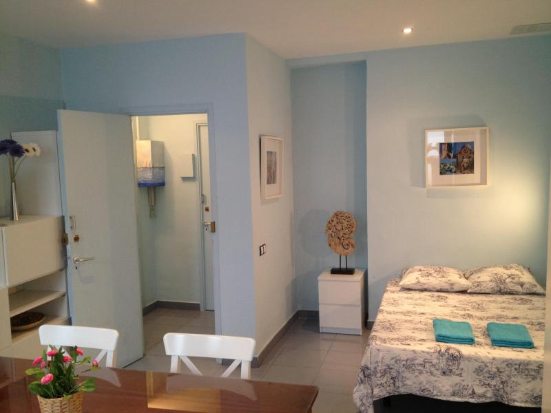 Raval Home Mini -5 min walk from Las Ramblas - Image 1 - Barcelona - rentals