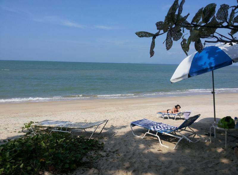 All this in front of your holiday place! - **ThePlace2B** directly on the beach! - Penang - rentals