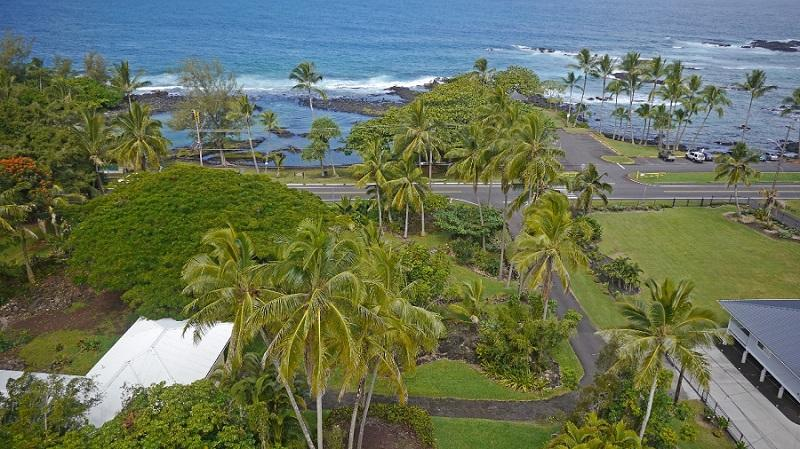 On almost an acre at Richarson's Beach Park - Hilo bay on water, Richardson's Beach Park, for 12 - Hilo - rentals