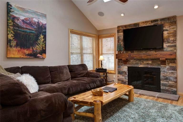 EMPIRE AVENUE 1378: Walk to Lifts! - Image 1 - Park City - rentals
