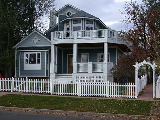 Front view of Duplex, entrance under trellis for rental in the rear - Comfort in the Heart of Boulder - Boulder - rentals