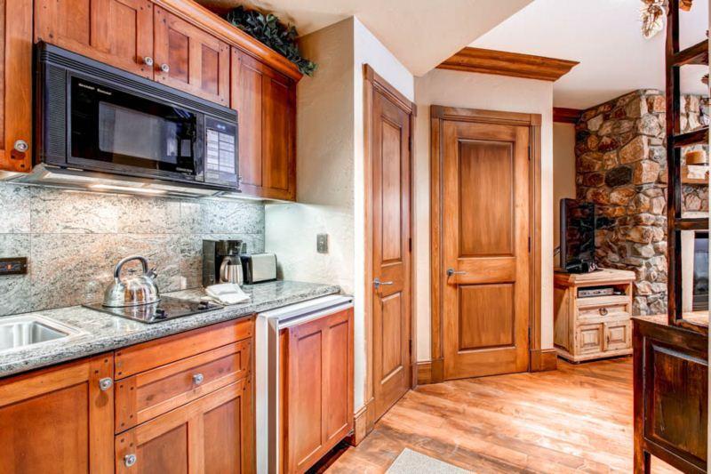 McCoy Peak Lodge 201 - Image 1 - Beaver Creek - rentals