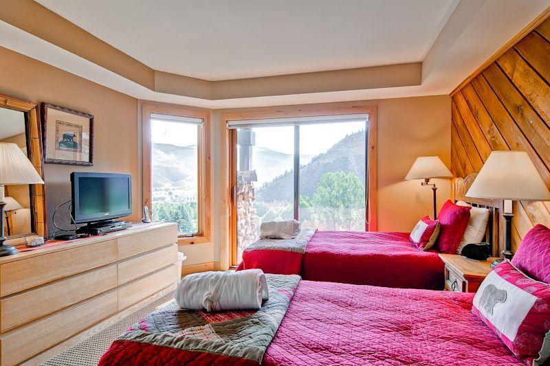 Ridgepoint  086 - Image 1 - Avon - rentals