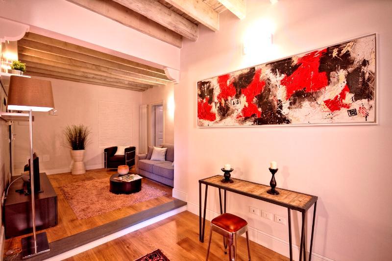 De Rustici Apartment - Image 1 - Florence - rentals