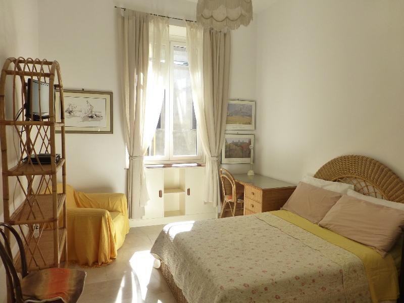 Casa Piave - Historic Center Veneto - Image 1 - Rome - rentals