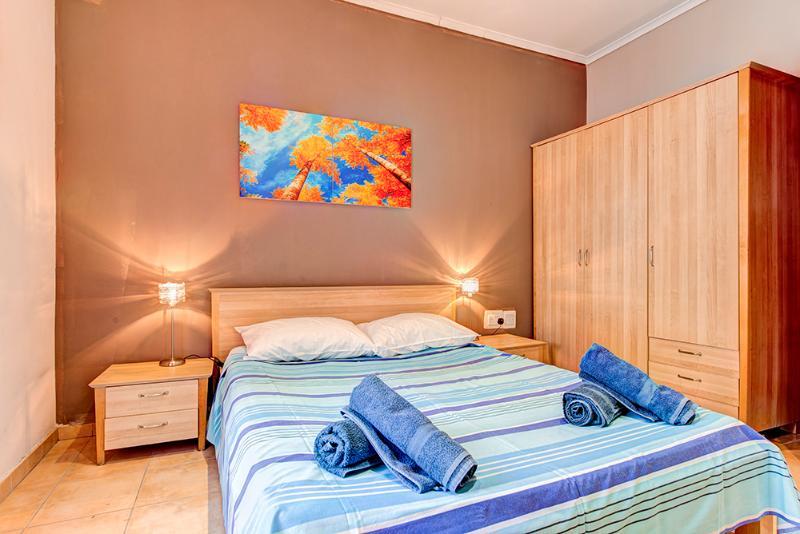 003 Sliema 1-bedroom Apartment - Image 1 - Sliema - rentals