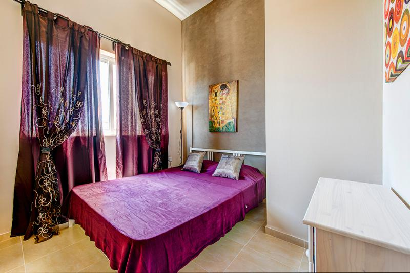 Mainstay, Roomy, Sliema 1-bedroom Apartment - Image 1 - Sliema - rentals