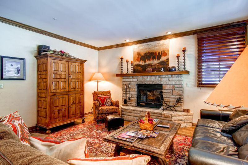 Highlands Slopeside 200 - Image 1 - Beaver Creek - rentals