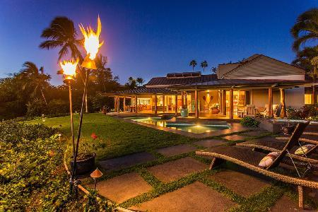 Fairways South #15 overlooking the ocean & golf course with wraparound lanai & pool - Image 1 - Mauna Lani - rentals