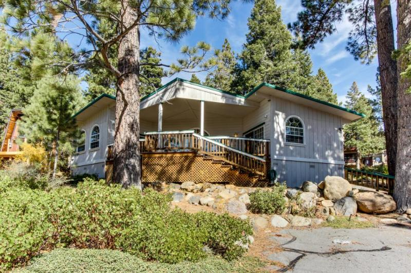 Observation Deck in Dollar Point with Filtered Lakeview - Image 1 - Tahoe City - rentals
