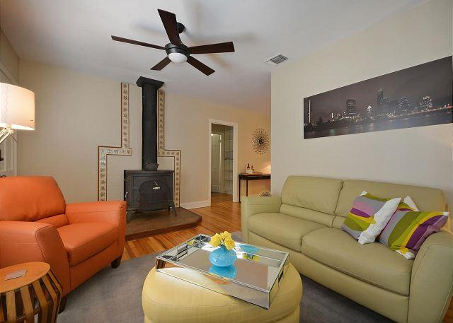 Living room with wood burning stove - 2BR/2BA Great Central Location Minutes from UT - Austin - rentals