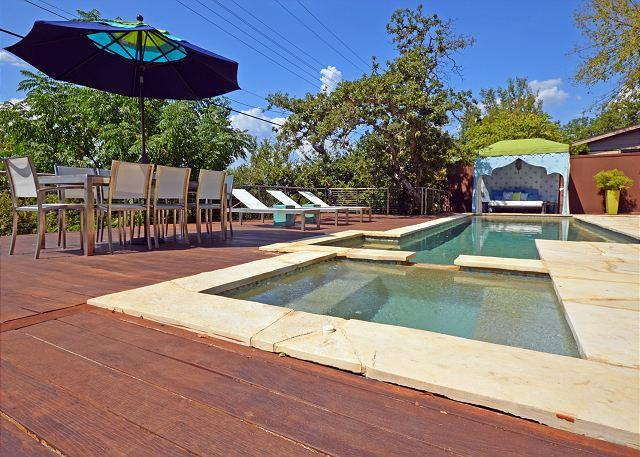 Pool and Deck - 3BR/2BA Great SXSW Location- Modern Home With Hot Tub and Heated Pool! - Austin - rentals