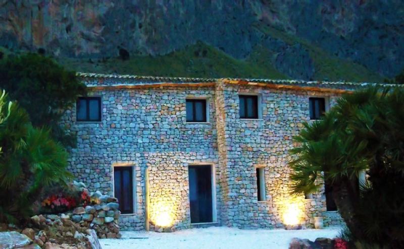Villa Casale San Vito - Image 1 - San Vito lo Capo - rentals