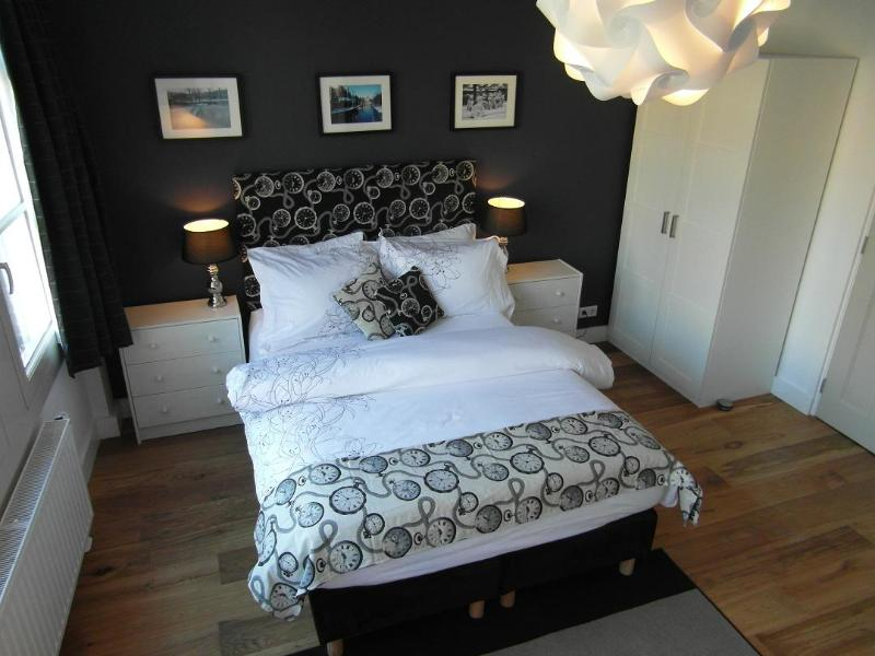 Canal view Room - VelvetAmsterdam: Canal View, Private Bathroom - Amsterdam - rentals
