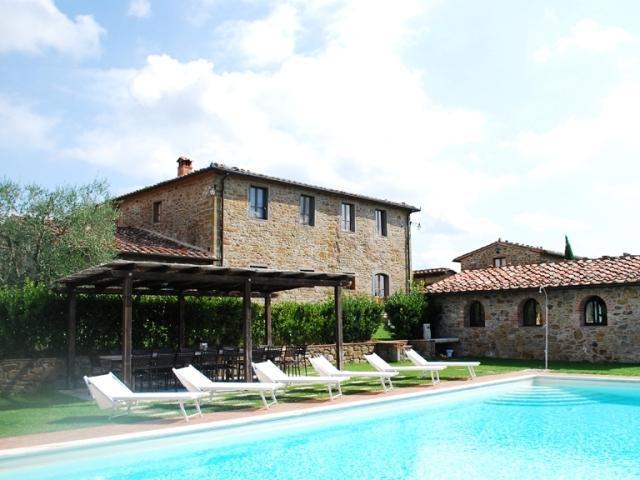 Villa Valdambre Large Tuscan villa for holidays, holiday rental Tuscany Italy, Villa with private pool views Tuscany - Image 1 - Labico - rentals