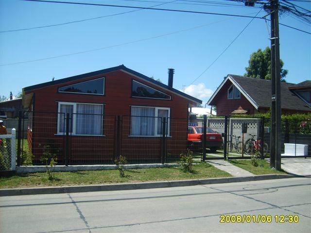 casa desde la calle - Casa por día puerto varas - Puerto Varas - rentals