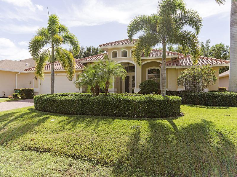 front 26 Mentor Dr - New 5BA,3BA, Den, Pool, Close To Beach - Naples - rentals