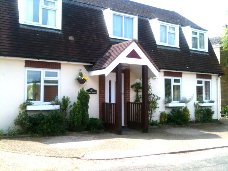 The main house - Self contained, quiet  B&B lodge near Cambridge - Cambridgeshire - rentals