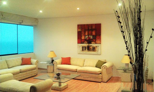 Bright, Ocean front apartment, on Malecon Cisneros, in front of the stairs leading to the ocean. - Image 1 - Lima - rentals