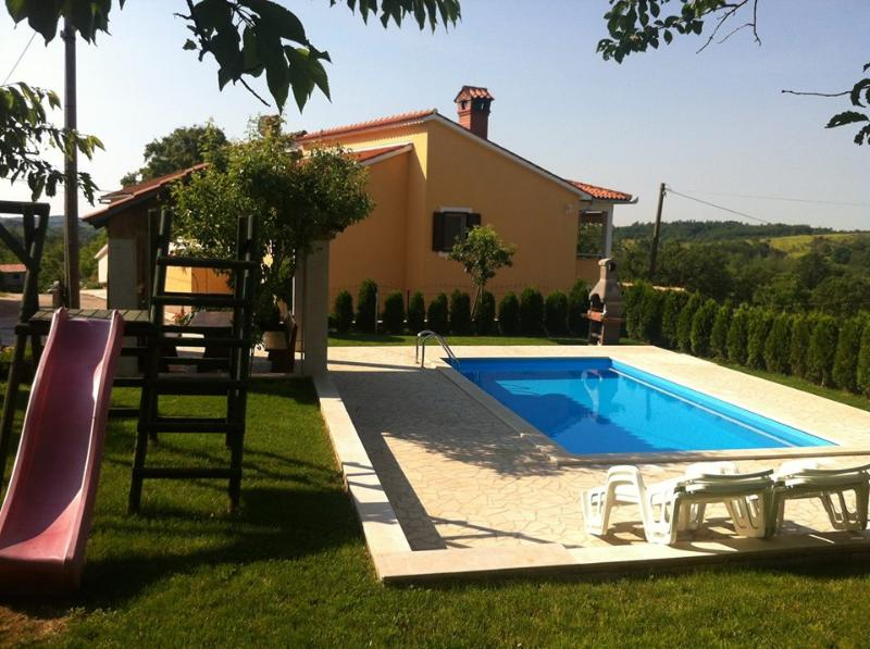 Apartments Semy - Image 1 - Pazin - rentals
