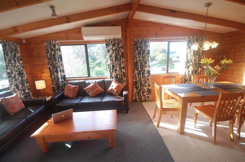 Lounge - Auckland Holidayhome Te Koru - Auckland - rentals