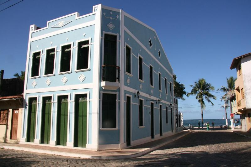 Casarao Azul - Apartment in Colonial Waterfront Building - Itacare - rentals