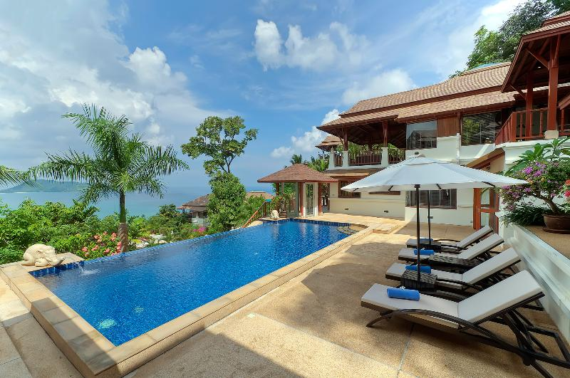 Swimming Pool, decking & Villa - X1-Ansellia, L'Orchidee Residences - Patong - rentals