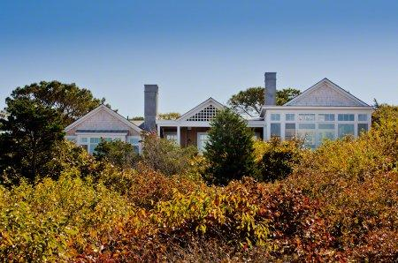 MODERN BEACH HOUSE WITH SWEEPING NORTH SHORE WATER VIEWS - WT PARM-39 - Image 1 - West Tisbury - rentals