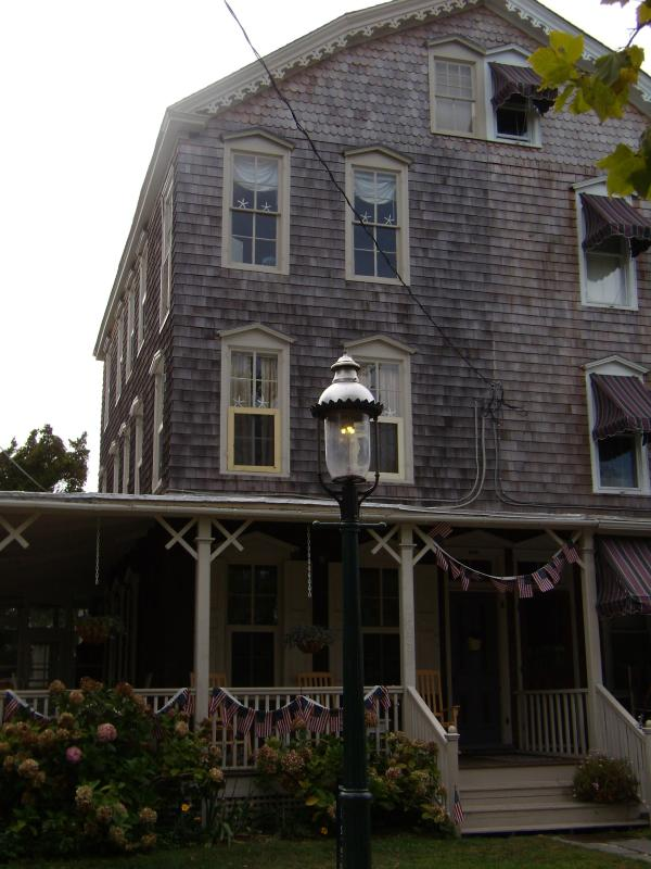 Charming, Ideal Location, Walk to town, restaurants,  Quaint, Comfortable, Quiet - Image 1 - Cape May - rentals