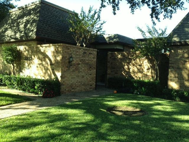 Front View - Beautiful  Guest Rm in heart of North Dallas - Carrollton - rentals