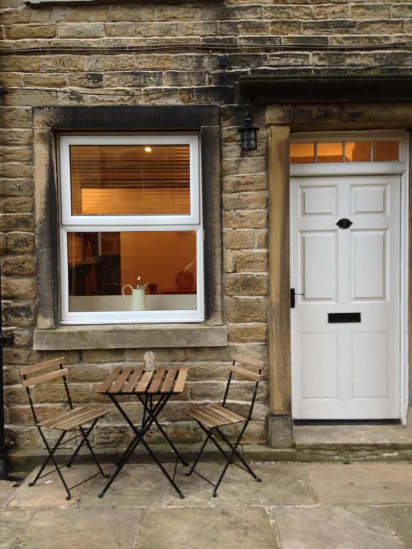 You have arrived - The Nookery, 1850's Holiday Cottage in Holmfirth - Holmfirth - rentals