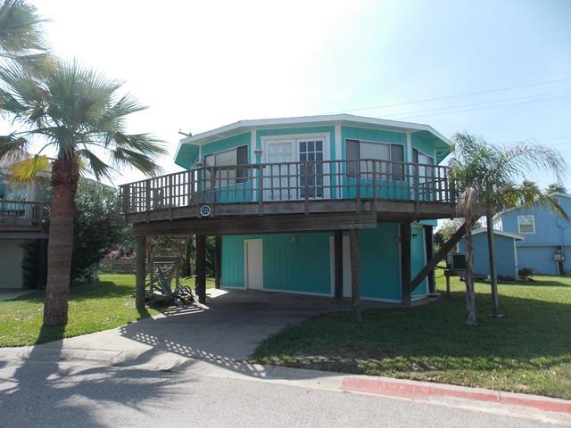 Beach Shak -cute beach home, Winter Texans welcome - Image 1 - Port Aransas - rentals