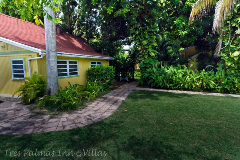 The Lemon House - Charming Cottage by the Ocean - Jayuya - rentals