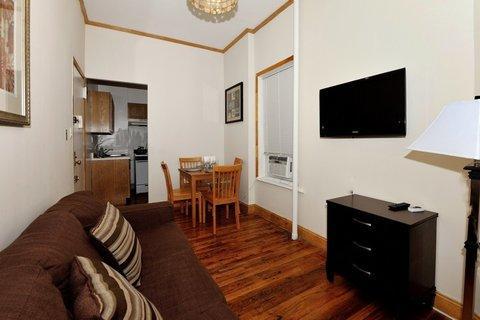 Modern and Homy 1 Bedroom Apartment 1D ~ RA42966 - Image 1 - Manhattan - rentals