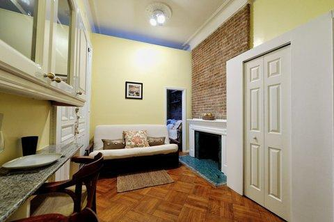 1 Bedroom Apartment on the Upper West Side 1F ~ RA42799 - Image 1 - Manhattan - rentals