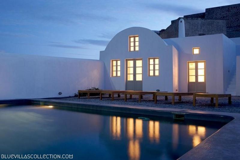 Exterior - Blue Villas | Fabrica| Minimal design in Santorini - Pyrgos - rentals