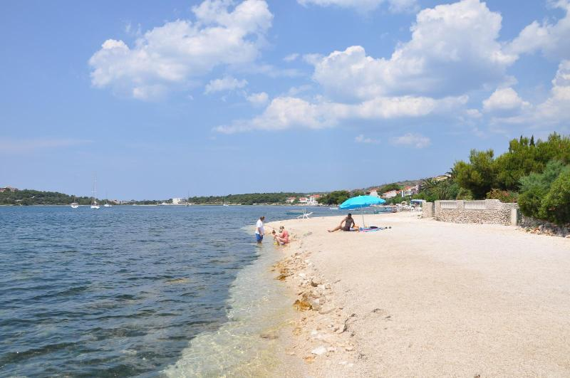 A1 HOUSE ON THE BEACH BY THE SEA, Ground Floor - Image 1 - Raslina - rentals