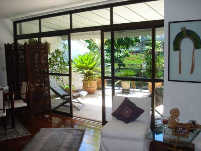 Penthouse in Rio de Janeiro - Jardim Oceânico - Image 1 - Rio de Janeiro - rentals
