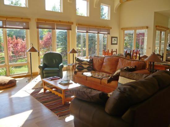 Camas Loop #102, Elkhorn - Spacious, sunny home - Private Hot tub, Great views - Image 1 - Sun Valley - rentals