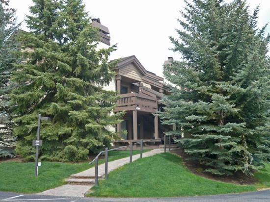 Fairway Nine #4358, Elkhorn - On Site Pool and Hot Tub - Image 1 - Sun Valley - rentals