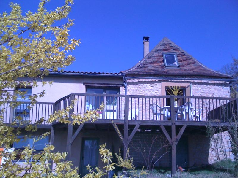 vue de face - Stone built country house with a magnificent view - Plazac - rentals