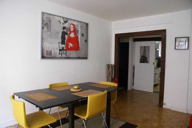 Vibrant Paris Apartment Rental with 2 Bedrooms - Image 1 - Paris - rentals