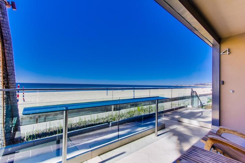 ***Amazing OCEAN FRONT Getaway*** - Image 1 - Pacific Beach - rentals